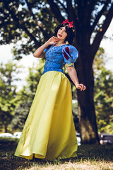 SP_84965 (Patcave) Tags: awa 2018 awa2018 anime weekend atlanta animeweekendatlanta galleria waverly renaissance hotel cosplay cosplayer cosplayers costume costumers costumes shot comics comic book scifi fantasy movie film disney snow white animation