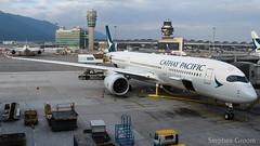 Cathay Pacific Airbus A350-941 B-LRG (StephenG88) Tags: hongkong hongkongairport hkia cheklapkok hkg vhhh boeing airbus 120918 091218 a350 a359 a350900 a350941 cathaypacific cathay pacific cpa cx blrg
