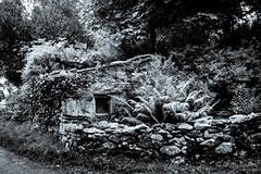 Stone Hut (JKmedia) Tags: blackwhite blackandwhite bw landscape northwales llanberis boultonphotography 2018