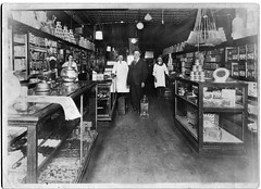 1921 - Harvey Wine Ideal Grocery