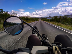 all over Lapland II (Paul und Lotte) Tags: fahrrad liegerad finland lapland road cycling recumbentcycle m5 strase lappland radreise geradeaus straigt bike bicycle suomi landscape landschaft käsivarrentie e8