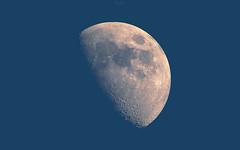 Belle de jour (mostodol) Tags: moon luna lune diurne diurnal jour afternoon fuji fujifilm xt20 france french belle beautiful samyang