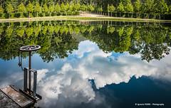 Clouds (Ignacio Ferre) Tags: sanildefonso lagranjadesanildefonso lagranja realsitiodelagranjadesanildefonso lago lake segovia comunidaddecastillayleón españa spain reflejo reflection nubes clouds nikon serenidad serenity nature naturaleza agua water