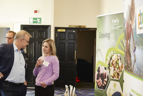 2019_FFT_DAY_1_NETWORKING_071