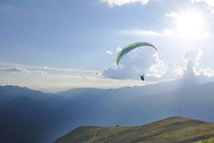 Going up (jonas.wagner) Tags: paragliding spain a6000 aerial parapente gleitschirm