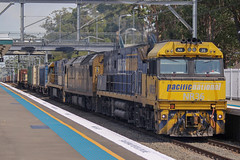 6MB4 @ Thornleigh (Electric Motive) Tags: pacificnational freight