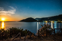 Rising Moon (free3yourmind) Tags: rising moon night sky stars starry greece greek peloponnese mountains clouds cloudy long exposure dawn beauty milky way