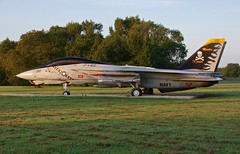 160402   F-14A  VFA-103 (RedRipper24) Tags: f14 tomcat grummantomcat grumman f14tomcat preservedaircraft gateguardaircraft usnavalaviation anytimebaby retiredaircraft fighteraircraft grummanfighters