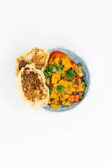 Hello Fresh - Karibischer Süßkartoffel-Kokos-Eintopf mit Bohnen und herzhaften Bananenpfannkuchen in blauer Schüssel auf weißem Hintergrund - Aufsicht (verchmarco) Tags: food hellofresh lebensmittel kochen hellofreshde ernährung veggie vegetarisch essen healthy foodporn dinner abendessen lunch mittagessen delicious köstlich meal mahlzeit noperson keineperson tasty lecker refreshment erfrischung meat fleisch epicure feinschmecker cuisine nutrition vegetable gemüse gesund plate teller dish gericht closeup nahansicht desktop cooking chicken hähnchen october fuji canada bnw stone me trail day wald woods