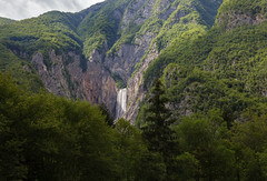 Boka waterfall (Sylviane Moss) Tags: slovenia socavalley socariver water waterfall boka slap