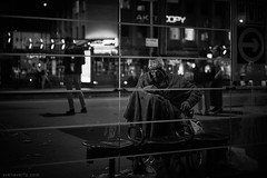 (Sven Evertz) Tags: bettler mann bw city flaschensammler homeless sonya7iii schwarzweiss streetportrait streetfotografie wwwsvenevertzcom neumarktköln sonyfe5518 obdachlos