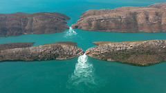 10003305.jpg (KevinAirs) Tags: kimberleys aerial kevinairs ocean australia travel westernaustralia ©kevinairswwwkaozcomau horizontalfalls tide buccaneerarchipelago landscapes tides horizontalwaterfalls sea au