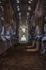cattedrale di luce (in explore Oktober 2018) (Knee Bee) Tags: cattedraledicemento cemento excemento urbex decay abandoned abandonedindustry degrado light