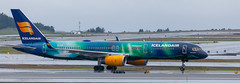 Icelandair 757 in Aurora colors (Alaskan Dude) Tags: anchorageairport anc panc airplane airplanes airliners aviation planespotting planewatching aircraft