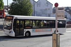 HB MK63XAU @ New Beetwell Street/coach station, Chesterfield (ianjpoole) Tags: hulleys baslow alexander dennis enviro 200 mk63xau working route 170 bakewell square new beetwell street chesterfield