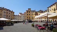 LUCCA - (Toscana) (cannuccia) Tags: paesaggi landscape lucca toscana piazze tavoli giallo friendlychallenges