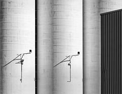 Duo (jefvandenhoute) Tags: belgium belgië antwerp antwerpen harbour haven industrial light lines monochrome geometric