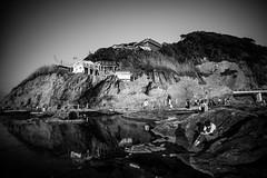 enoshima (N.sino) Tags: m9 superwideheliar15mmf45 enoshima reflection people chigogafuchi 江ノ島 稚児ヶ淵 超広角 女子 岩 断崖 磯 周辺減光 松