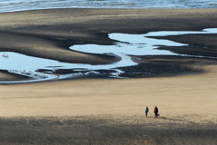 Walk on the beach (JLM62380) Tags: walking beach alone mer plage sea blue bleu femme couple man homme equihen france sable sand ocean eau family famille personnes océan vague hautsdefrance