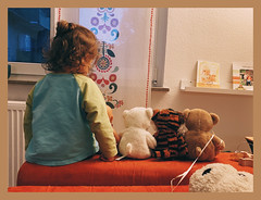 Five little friends (Flowinho_) Tags: cozy stuffedanimals child children