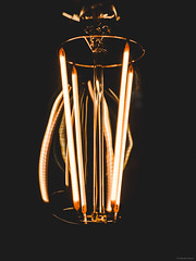 Filament Light (Sebastian Bayer) Tags: bokeh lampe birne retro licht draht metall glühbirne glas warm einrichtung glühlampe leuchten schwarz technik glühen wohnen reflektion detail led matt