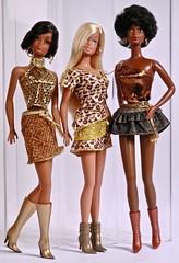 Fashion Avenue (barbiescanner) Tags: vintage retro fashionavenue 2000s fashion barbiefashion barbie mattel fashiondolls 80s 80sfashions julia 1980barbie malibubarbie reprobarbie