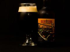 Redcor Pumpkinstein 🎃 (Let There Beer House) Tags: pumpkin pumpkinbeer cerveja beer bier craftbeer brazilianbeer halloween halloweenbeer