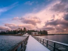 Snow (Joni Salama) Tags: meri arkkitehtuuri luonto auringonlasku talvi valo lumi silta vesi uusimaa finland fi sea nature sunset winter snow bridge water landscape