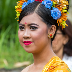 IMG_6687-tr (JLBenazra) Tags: bali cérémonie sawan indonésie costumes