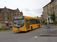 trent barton 686 Bakewell (Guy Arab UF) Tags: trent barton 686 fj55bzn scania l94ub wright solar bus bakewell rutland square sixes derbyshire wellglade buses wellgladegroup