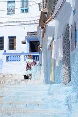 Washing at the Fountain (Sue_Hutton) Tags: chefchaouen maroc morocco september2018 tanger tangier tangiers autumn