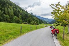 Ciclovia Alpe-Adria, Austria (suzanne~) Tags: bike bicycle tour touring austria bicyclepathalpeadria mountain fencedfriday fence