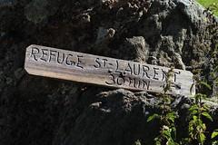 en montant au lac du Grand Désert (bulbocode909) Tags: valais suisse nendaz lagouille panneaux montagnes nature vert rochers