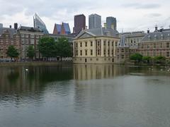 Hofvijver, Den Haag (bruvvaleeluv) Tags: den haag denhaag netherlands capital city hofvijver mauritshuis