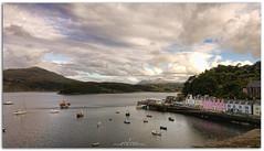 PORTREE (jaroro70) Tags: portree port righ skye escocia reino unido nubes casas colores lago seascape landscape