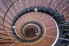 Pixel-Peeping for Beginners (katrin glaesmann) Tags: hamburg unterwegsmitmichi architecture staircase treppe treppenhaus ferdinandstreb 1950 lamps