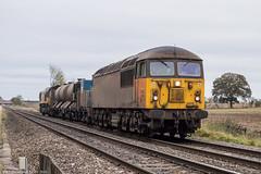 56096 at Wadbourough [3S32] 25.10.2018 (Wolfie2man) Tags: class56 class66 56096 66848 colasrailfreight colas railheadtreatmenttrain rhtt wadborough 3s32 grid