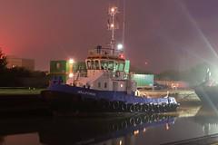 Willpower + Gaverland (33) @ KGV Lock 15-10-18 (AJBC_1) Tags: gallionsreach gallionspoint northwoolwich newham londonboroughofnewham eastlondon london england greatbritain unitedkingdom uk gb boat vessel ship williamsshipping willpower royaldocks londonsroyaldocks tug tugboat dlrblog ©ajc ajbc1 nikond5300 kinggeorgevlock kgvlock docklands night nighttime marineengineering evening mist darkness dark reflection