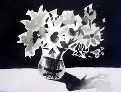 Tonal value study, by Tatiane O. - DSC03992 (Dona Minúcia) Tags: art apinting watercolor study paper stilllife vase flower bw blackwhite arte pintura aquarela estudotonal valuestudy pb pretobranco vaso flor table mesa