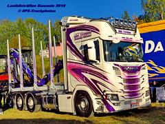 IMG_2404 LBT_Ramsele_2018 pstruckphotos (PS-Truckphotos #pstruckphotos) Tags: pstruckphotos pstruckphotos2018 lastbilsträffen lastbilsträffenramsele2018 sktrans truckpics truckphotos lkwfotos truckkphotography truckphotographer truckspotter truckspotting lastwagenbilder lastwagenfotos berthons lbtramsele lastbilstraffenramsele lastbilsträffenramsele truckmeet truckshow ramsele sweden sverige timber timbertransport holztransport r lastbil truck lorry lkw finland finnland scandinavia skandinavien truckfotos truckspttinf truckphotography lkwfotografie lkwpics lastwagen auto timbertruck woodtruck
