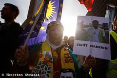 """Demonstration gegen den Besuch von Erdogan """"Erdogan not Welcome"""" in Berlin 28.09.2018 (tsreportage) Tags: akp afrin andrejhunko berlin demonstration dielinke erdogannotwelcome hakantaş kundgebung kurden kurdistan kurds leftparty mhp mda mdb mitte pkk polizei praesident pyrotechnik rauchtopf receptayyiperdogan rede rojava syria syrien tobiaspflüger tuerkei turkey ypg autonom blackblock demo leftwing linksradikal president rally riotpolice smokebomb speech ypj"""
