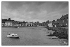Stonehaven Harbour (Marc Gordon'74) Tags: stonehaven harbour aberdeenshire water sea boat sand