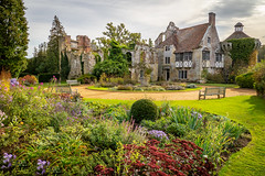Scotney Castle, Lamberhurst, Kent (Bob Radlinski) Tags: england europe greatbritain kent lamberhurst nationaltrust scotneycastle uk travel em1d2402edit