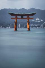 Miyajima - Hiroshima, Japan (inefekt69) Tags: japan miyajima hiroshima island nikon d5500 日本 torii water itsukushima shrine 広島 厳島神社 宮島 ndfilter 10stop nd1000