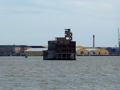 Grain Tower Battery (Alex-397) Tags: grain peninsula kent medway coast uk britain england