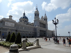 Almudena Cathedral (VJ Photos) Tags: hardison spain madrid catedraldelaalmudena