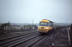 Grantham 254027 up Bradford to Kings X June 80 J6962 (DavidWF2009) Tags: grantham ecml hst class254