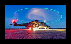 Circle Of Light (richieb56) Tags: germany deutschland luftfhart aviation hubschrauber helicopter nhi nh90 tth bundeswehr heer army night blue hour blaue stunde nacht light licht check take off great circle aircraft flugzeug military red shiny glow reflection good nice long exposure langzeitbelichtung mond moon stars sterne 7919