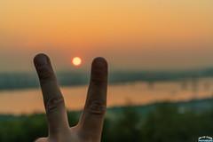 V Sunset (Tachial) Tags: fe sun carlzeiss lce7rm3 칼자이스 sony sunset fullframe sel55f18z 소니 a7r3 55mm 마포구 서울특별시 대한민국 kr sonnartfe1855