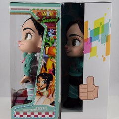 2012 vs 2018 Vanellope Talking Doll - Disney Store Purchases - Boxed - Right Side View (drj1828) Tags: wreckitralph2 ralphbreakstheinternet 2018 merchandise disneystore purchase productinformation vanellopevonschweetz talking doll actionfigure 2012 comparison